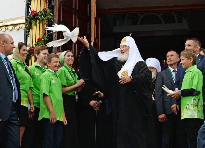 21 июня. Патриарший визит в Республику Беларусь. После Литургии в Воскресенском соборе г. Бреста