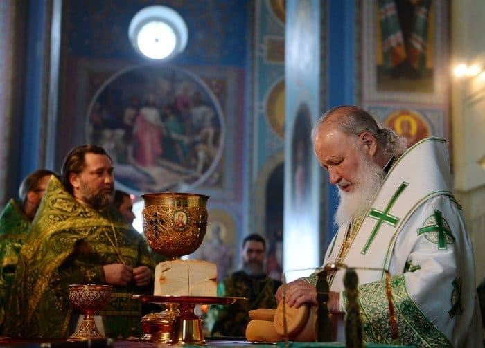 11 июля. Патриарший визит на Валаам. Литургия в Преображенском соборе Валаамского монастыря.