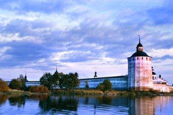Cyril-Belozersky-Monastery_Strokin.ru