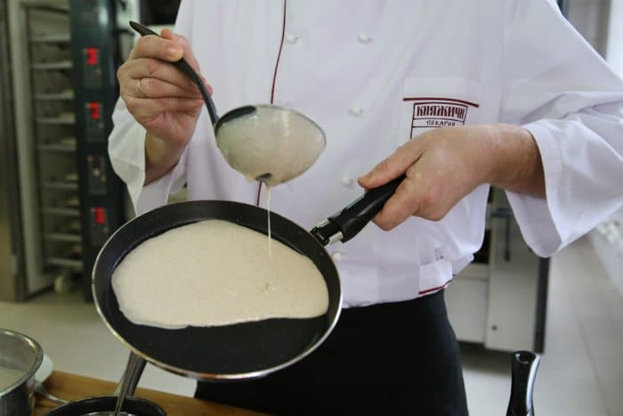 Пошаговый рецепт блинов с фото. Шаг 8