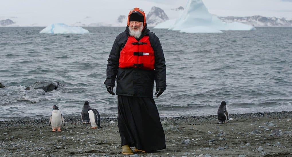 Патриарх Кирилл помолился в Антарктиде
