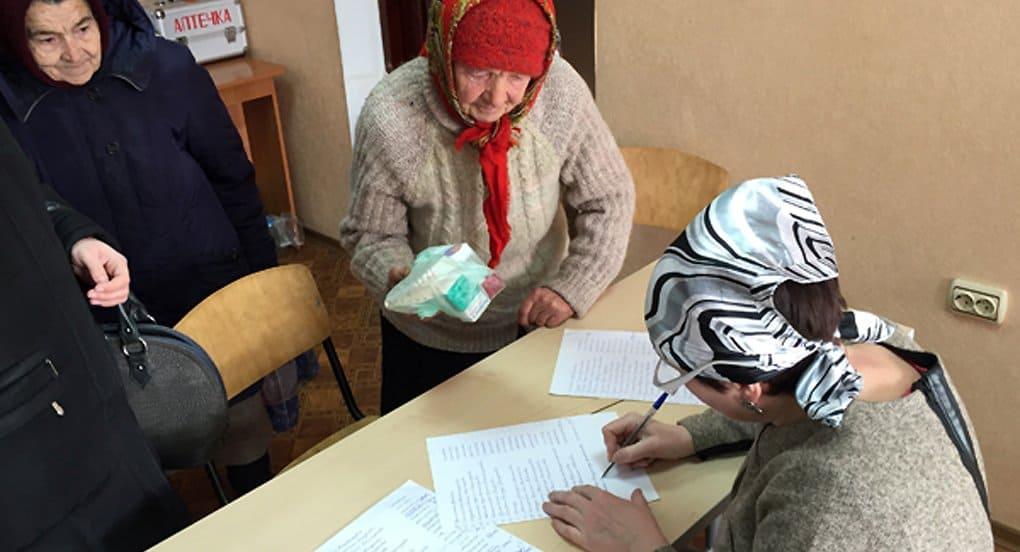 Около 6 тонн продуктов передала Церковь жителям юго-востока Украины за февраль