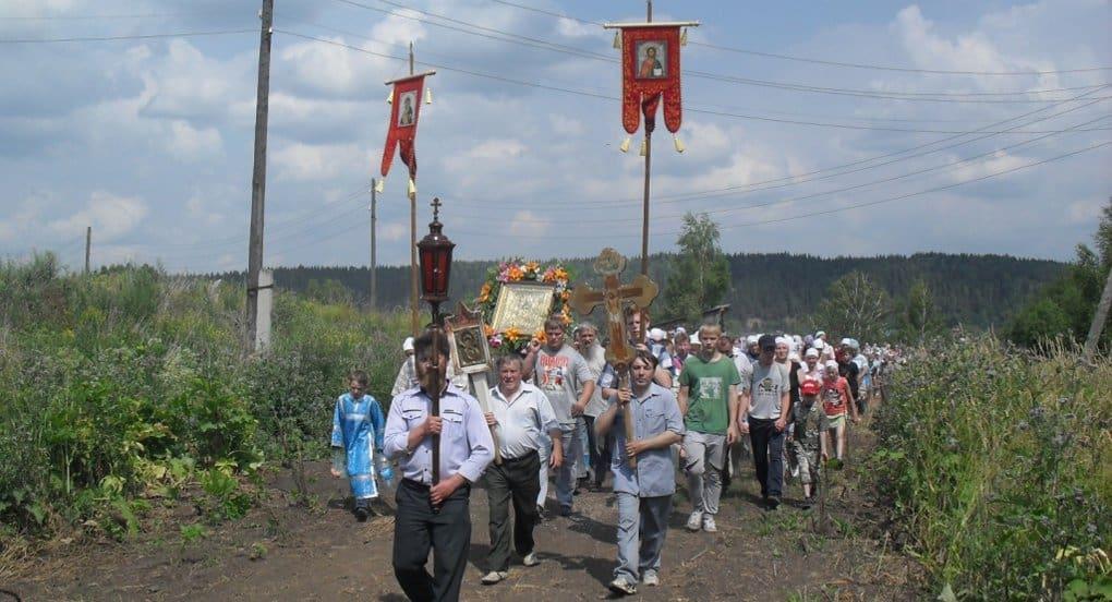 В Госдуме поддержали запрет на крестные ходы и уличные богослужения без разрешений