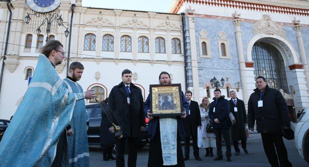 По вокзалам Москвы с молитвой о сохранении мира пройдут крестным ходом
