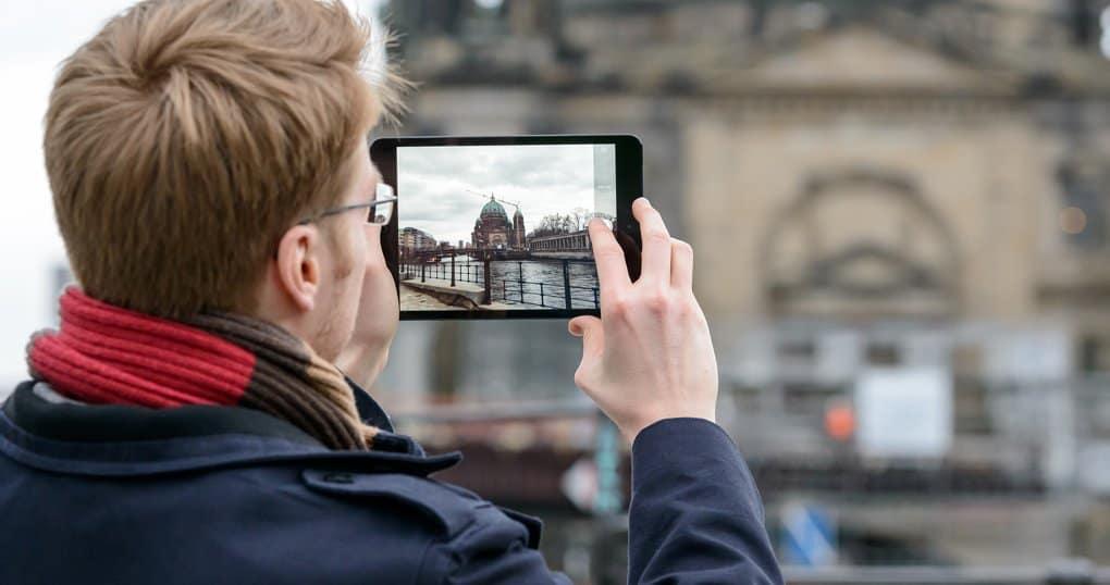 Мобильное приложение расскажет о религиях и храмах в Москве