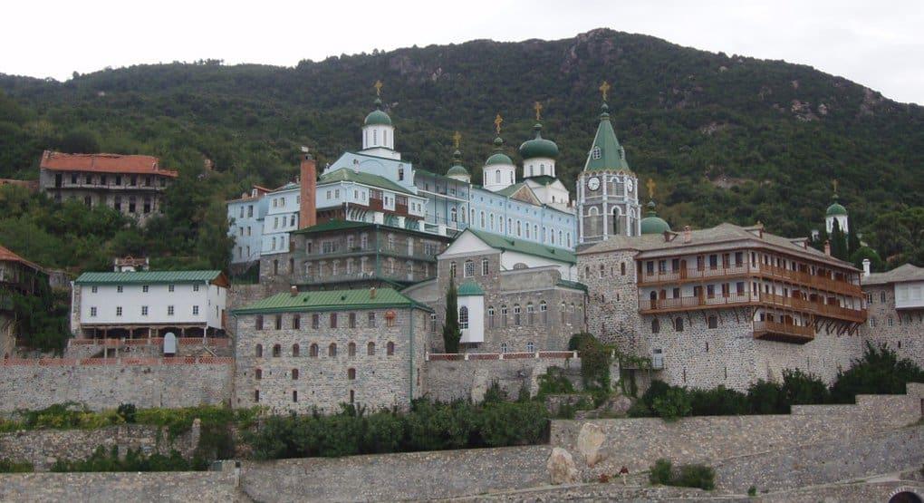 Русские монахи впервые сняли фильм о своем монастыре на Афоне