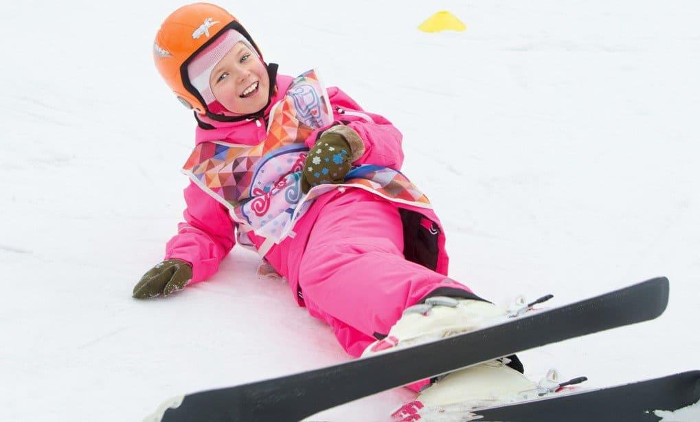 Вика на лыжах мечты