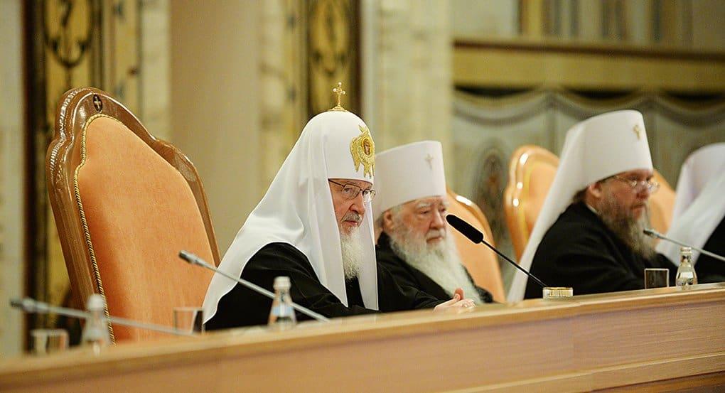 Патриарх предложил архиереям серьезно обсудить миссионерское служение в епархиях