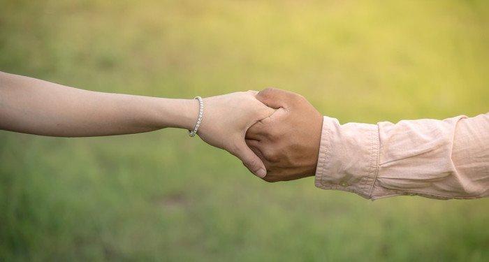 В Конституции Грузии хотят определить брак как союз мужчины и женщины