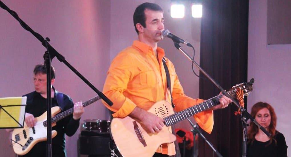 Актер Дмитрий Певцов поддержал песнями строительство храмов на Камчатке