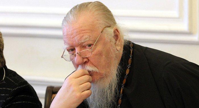 Протоиерей Димитрий Смирнов:  Смятение людей перед мерами предосторожности в храмах происходит от глубокой исторической неграмотности