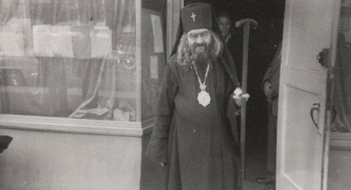 В храм святой Екатерины на Всполье на месяц принесен пояс святителя Иоанна Шанхайского