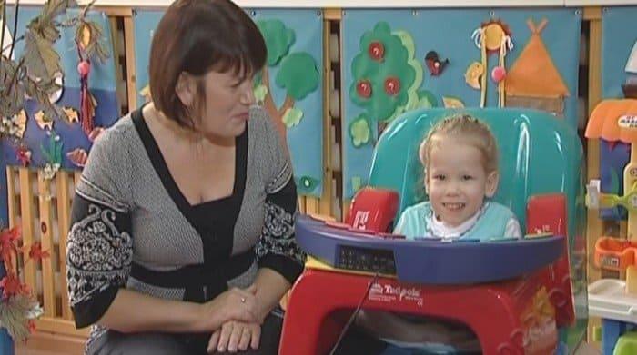 Маленькая принцесса Настя ищет папу и маму