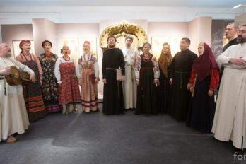 2016-04-19,A23K0050, Москва, Глазунов, выставка, s