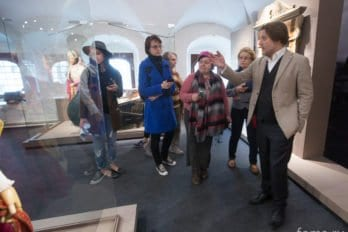 2016-04-19,A23K9739, Москва, Глазунов, выставка, s