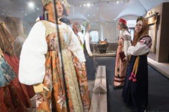 2016-04-19,A23K9783, Москва, Глазунов, выставка, s