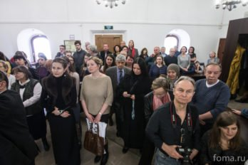 2016-04-19,A23K9859, Москва, Глазунов, выставка, s