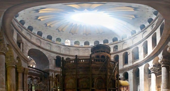 Храм Гроба Господня в Иерусалиме снова открылся для посещения