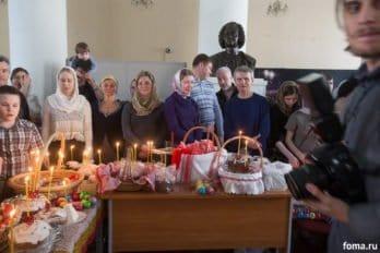 Москва, храм св. мчц.Татианы, Великая суббота, фото Юлии Маковейчук, foma (69)