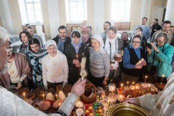 Москва, храм св. мчц.Татианы, Великая суббота, фото Юлии Маковейчук, foma (72)