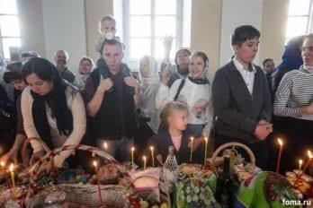 Москва, храм св. мчц.Татианы, Великая суббота, фото Юлии Маковейчук, foma (77)