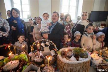 Москва, храм св. мчц.Татианы, Великая суббота, фото Юлии Маковейчук, foma (80)