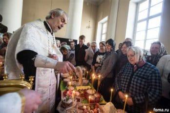 Москва, храм св. мчц.Татианы, Великая суббота, фото Юлии Маковейчук, foma (85)