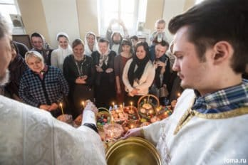 Москва, храм св. мчц.Татианы, Великая суббота, фото Юлии Маковейчук, foma (86)