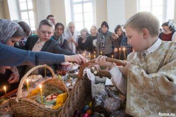 Москва, храм св. мчц.Татианы, Великая суббота, фото Юлии Маковейчук, foma (89)