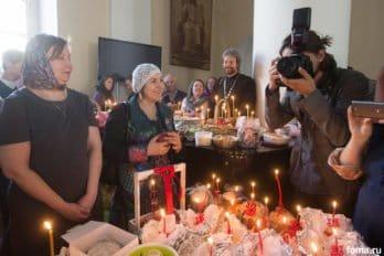 Москва, храм св. мчц.Татианы, Великая суббота, фото Юлии Маковейчук, foma (90)
