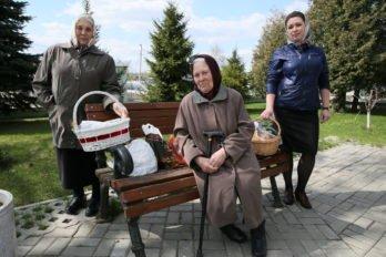 Освящение куличей. Фото Владимира Ештокина. foma (12)