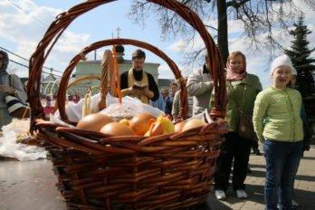 Освящение куличей. Фото Владимира Ештокина. foma (24)