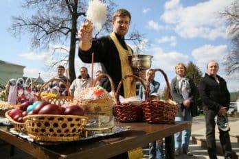 Освящение куличей. Фото Владимира Ештокина. foma (25)