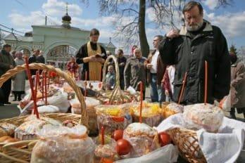 Освящение куличей. Фото Владимира Ештокина. foma (34)