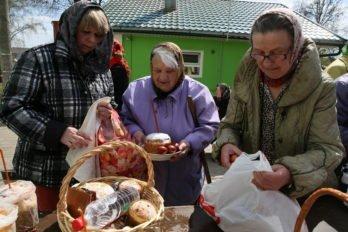 Освящение куличей. Фото Владимира Ештокина. foma (5)