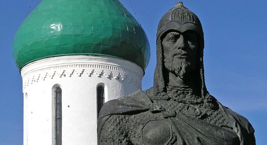 Александра Невского надо сделать героем для поколения соцсетей, - патриарх