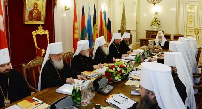 Впервые за 100 лет в Москве совместно заседают Священный Синод и Высший Церковный Совет