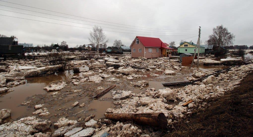 Церковь помогает пострадавшим от наводнения в Вологодской области