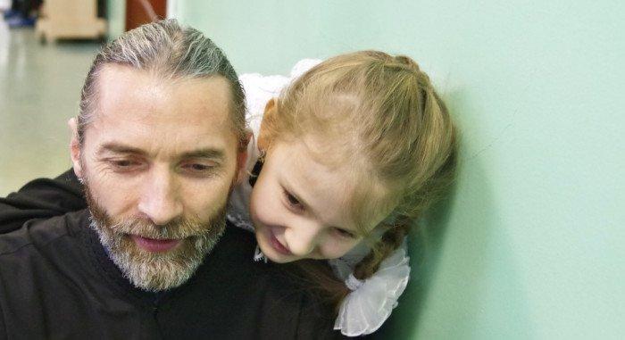 Духовник гимназии священник Андрей Лызлов