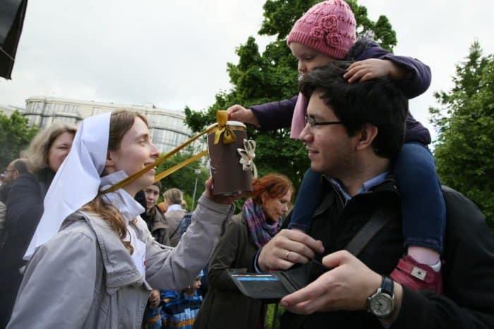 Белый цветок, 2016. Марфо-Мариинская обитель. Фото Владимира Ештокина