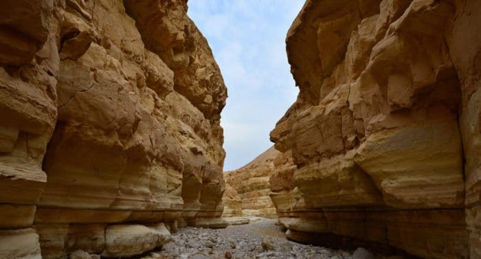 Ученые Израиля попытаются найти древние свитки рядом с Мертвым морем