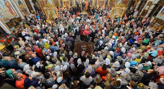 Русская Церковь занимает второе место в мире по числу верующих, - митрополит Иларион