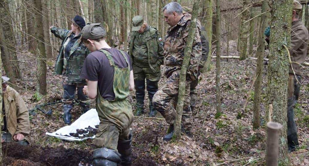 Военные поисковики нашли под Новгородом церковный антиквариат