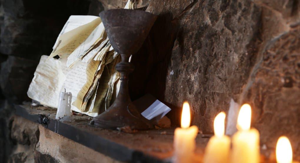 Патриарх Кирилл молится о жертвах двух терактов в Сирии