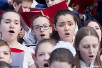 Сводный детский хор, Пушкинская пл., Москва, фото Юлии Маковейчук (68)