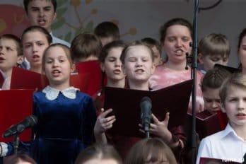 Сводный детский хор, Пушкинская пл., Москва, фото Юлии Маковейчук (69)