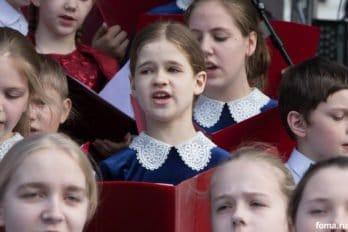 Сводный детский хор, Пушкинская пл., Москва, фото Юлии Маковейчук (77)
