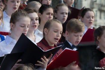 Сводный детский хор, Пушкинская пл., Москва, фото Юлии Маковейчук (98)