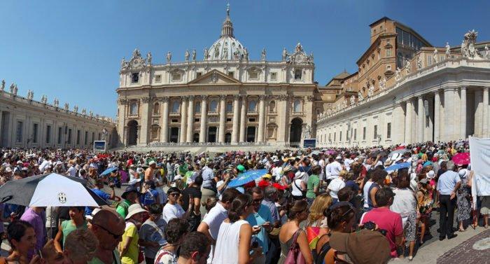 Католики и семейные организации Италии выступили против легализации однополых союзов