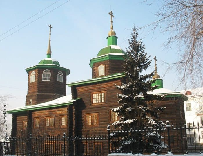 Южный фасад церкви Михаила Архангела в Чите. Фото Шпак В. В.